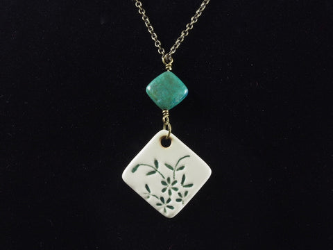 "1"" Square Lace Pendant Necklace J1019"