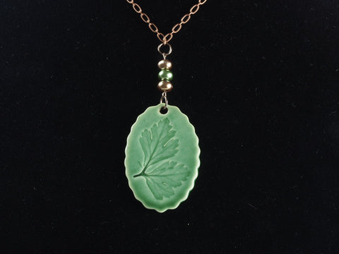 "2.5"" Oval Leaf Pendant Necklace J1063"