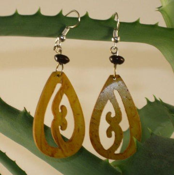 Jaraguá Coconut Scrollwork Earrings
