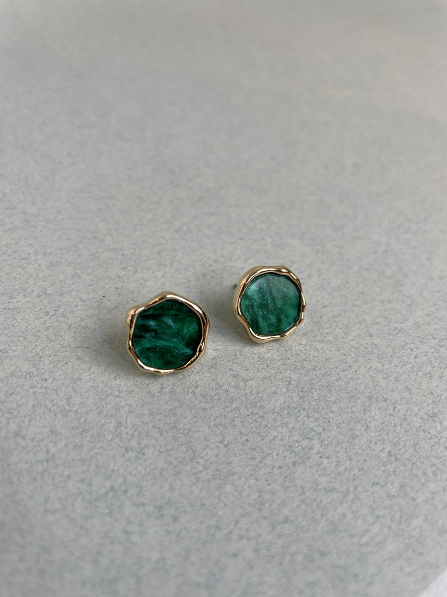 Dainty Green Stone Earrings
