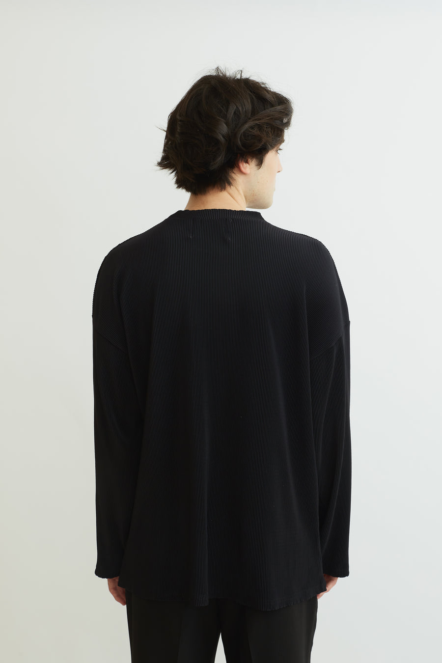Black Pleat Top