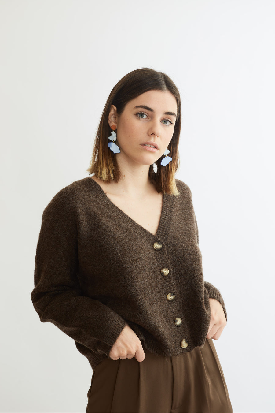 Super Soft Knit Cropped Cardigan (brown)