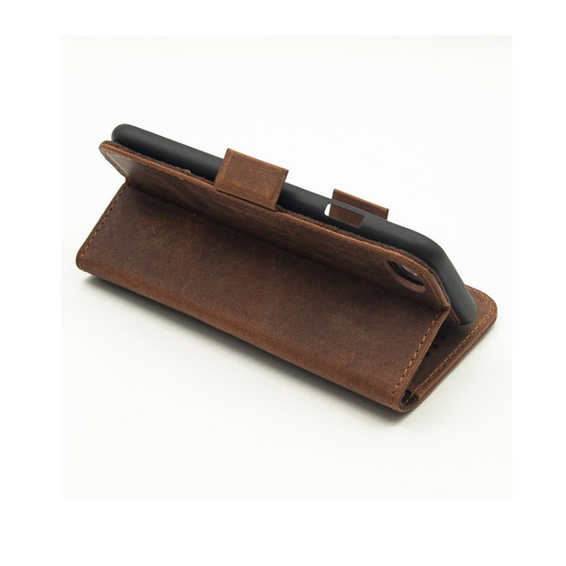 iPhone 7 / 8 Magnetic Wallet Case 2 in 1 Brown