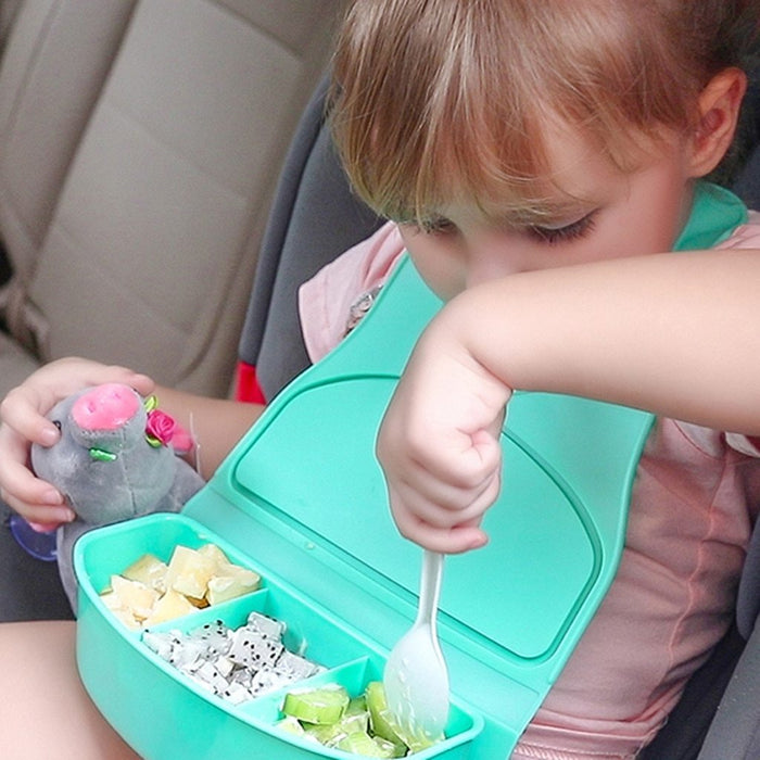 Snack & Go Travel Bib