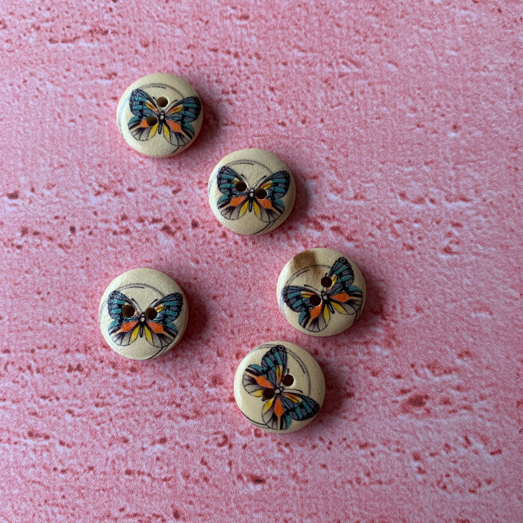 Buttons 1/2 inch  x 5