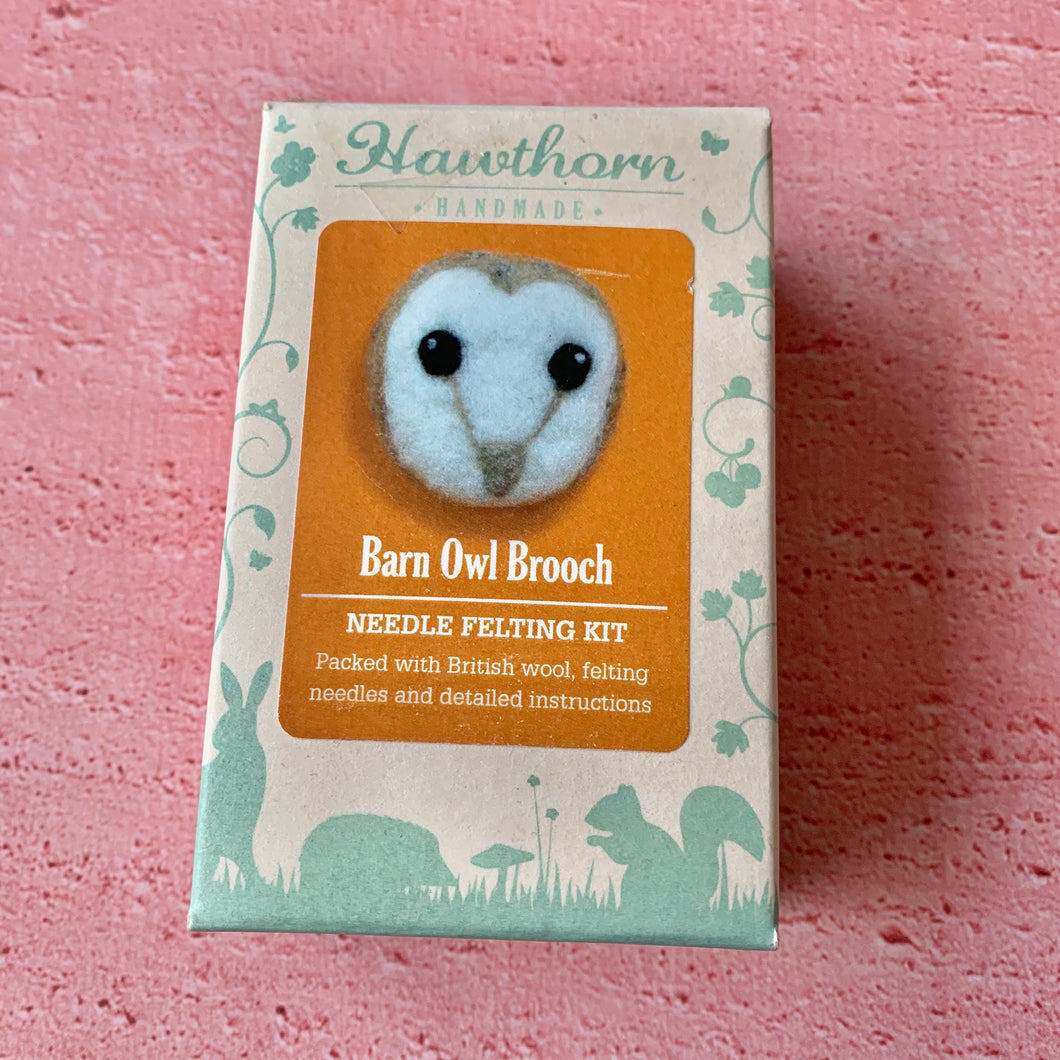 Barn Owl Brooch, Needle Felting Kit