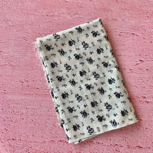 Fat Quarter, Black Floral