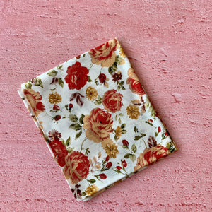 Fat Quarter, Red Flowers