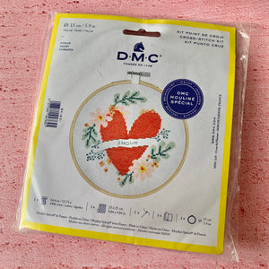 D.M.C. Hooped Cross Stitch Kit,Heart