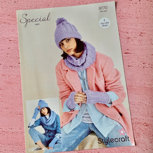 Stylecraft Knitting Pattern 9770