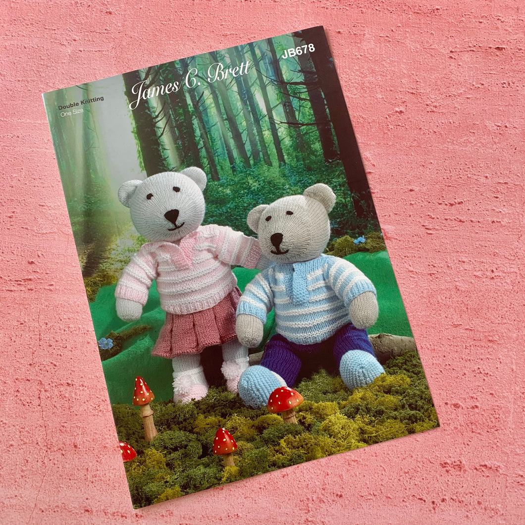 James C. Brett, Knitting Pattern JB678, Bears
