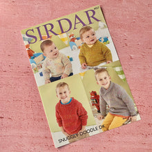 Load image into Gallery viewer, Sirdar, Knitting Pattern 4927, Sweaters in  Sirdar Snuggly Doodle DK