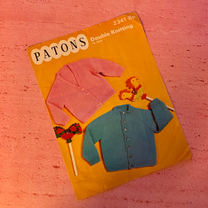 Patons, Knitting Pattern 2341