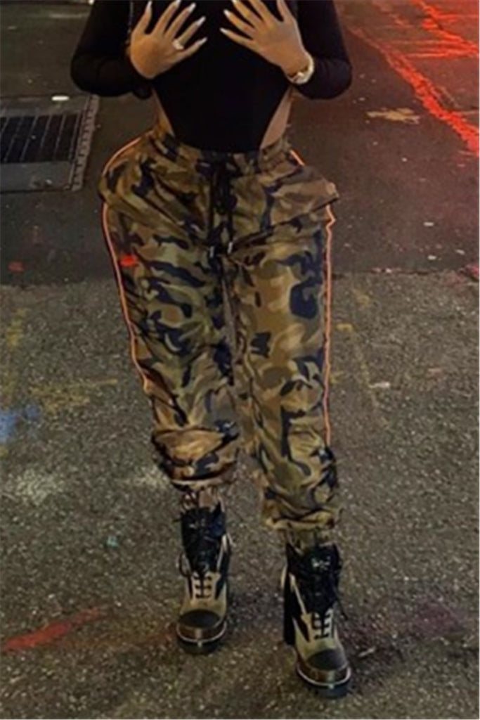 Camouflage Print Drawstring Casual Pants