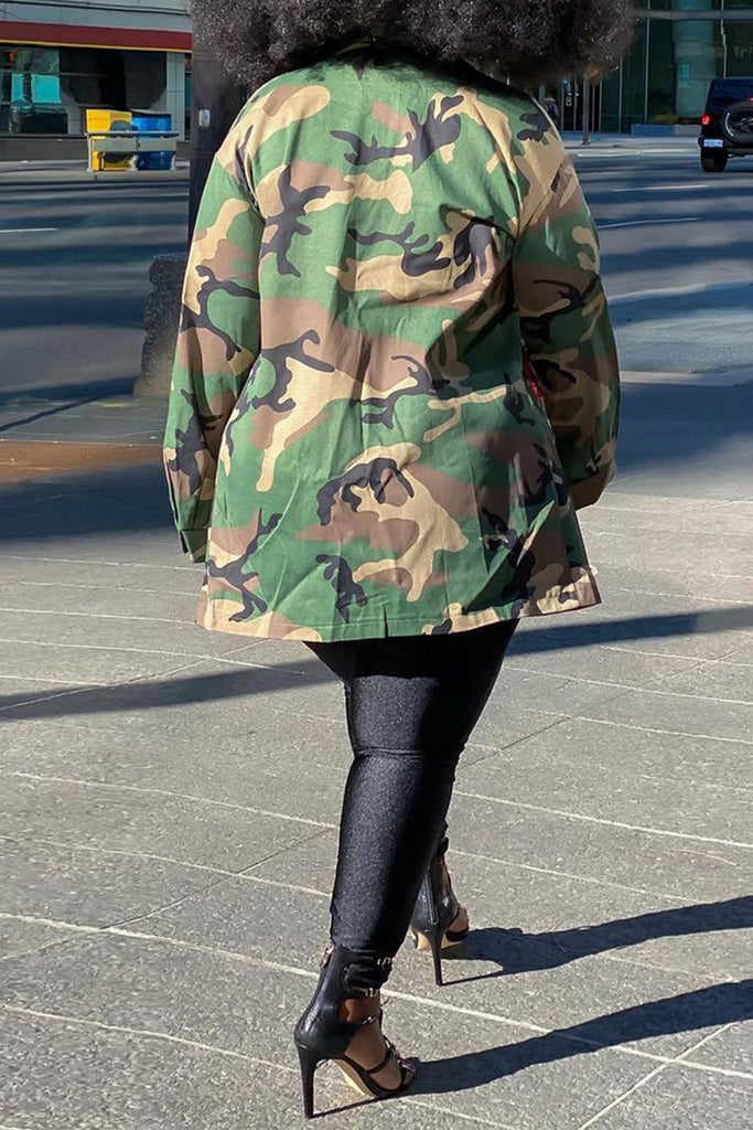 Camouflage Print Lip Long Sleeve Coat