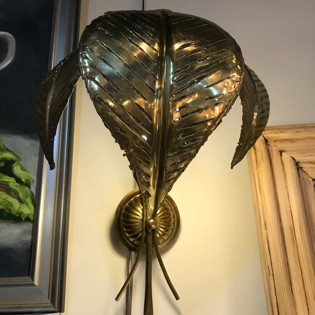Sculptural Leaf Sconce