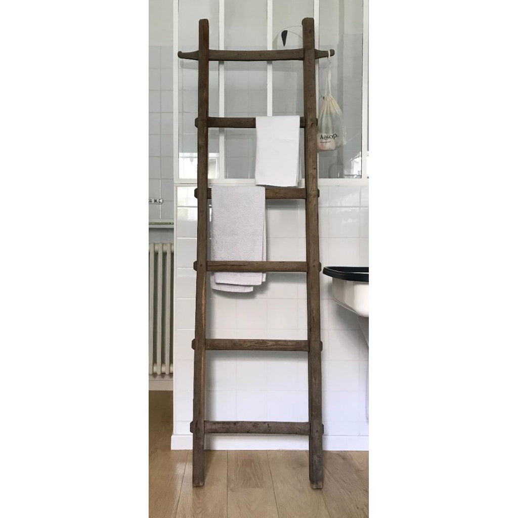 Tall Oak Ladder