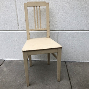 Darling White Chair