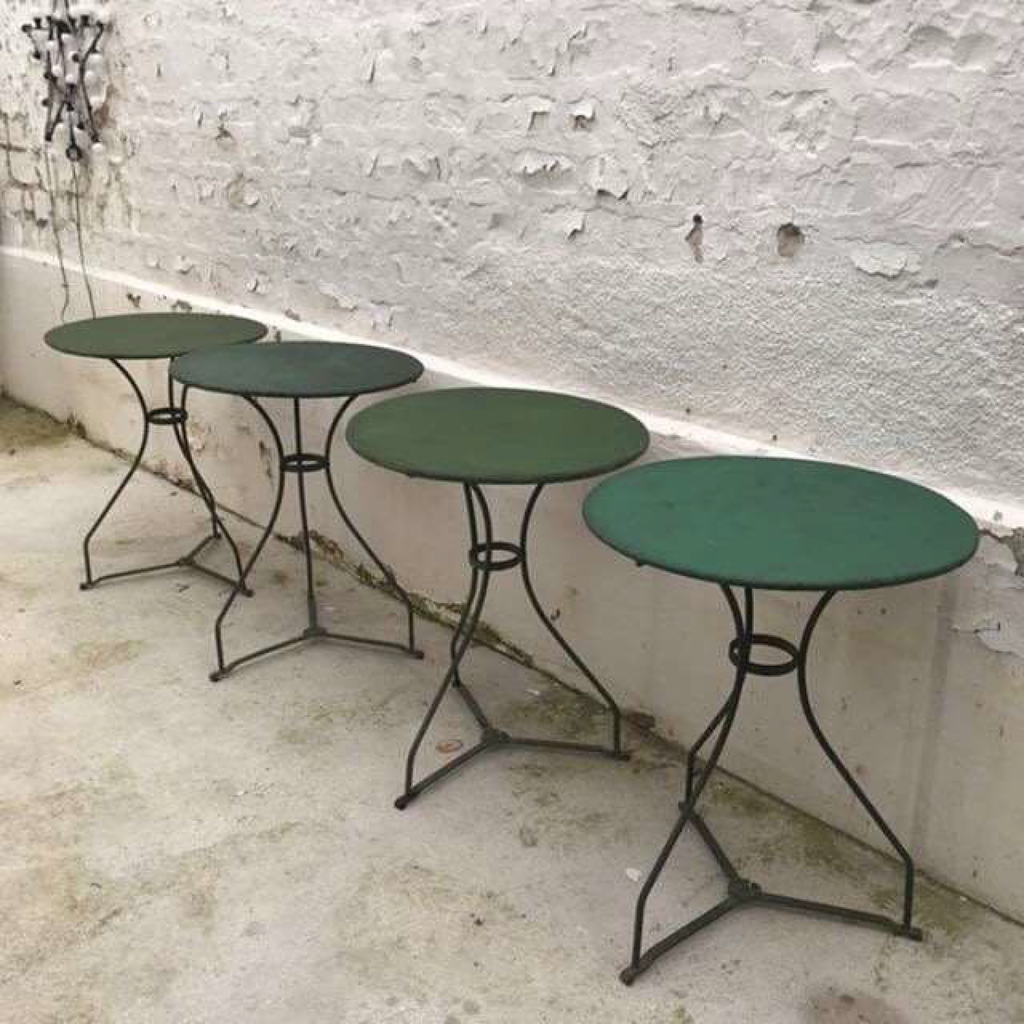 Green Garden Table