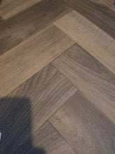 Load image into Gallery viewer, New world vinyl Flooring