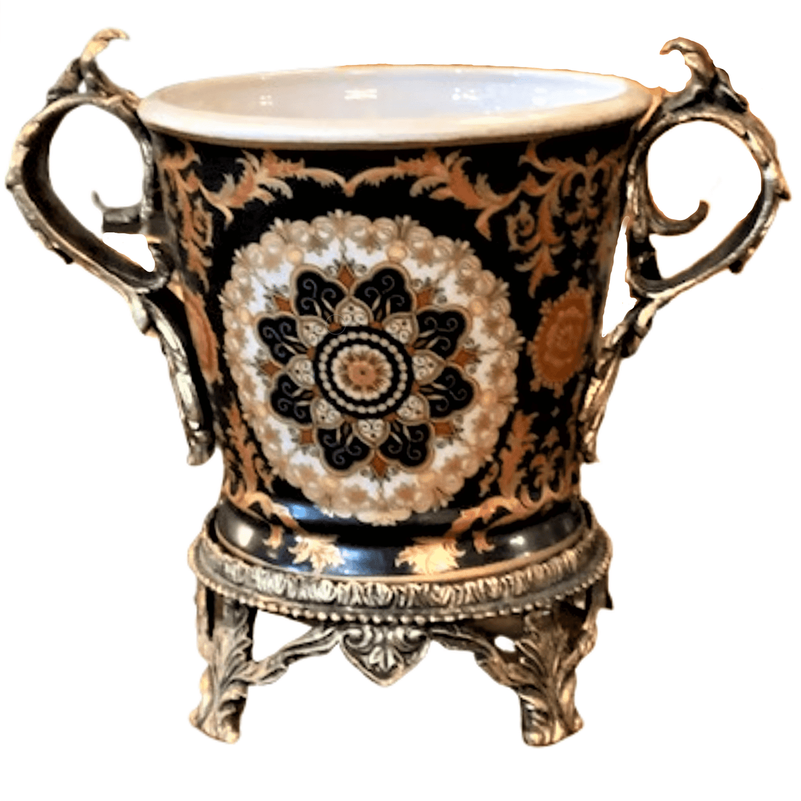PORCELAIN URN IN FRENCH ANTIQUE STYLE 2