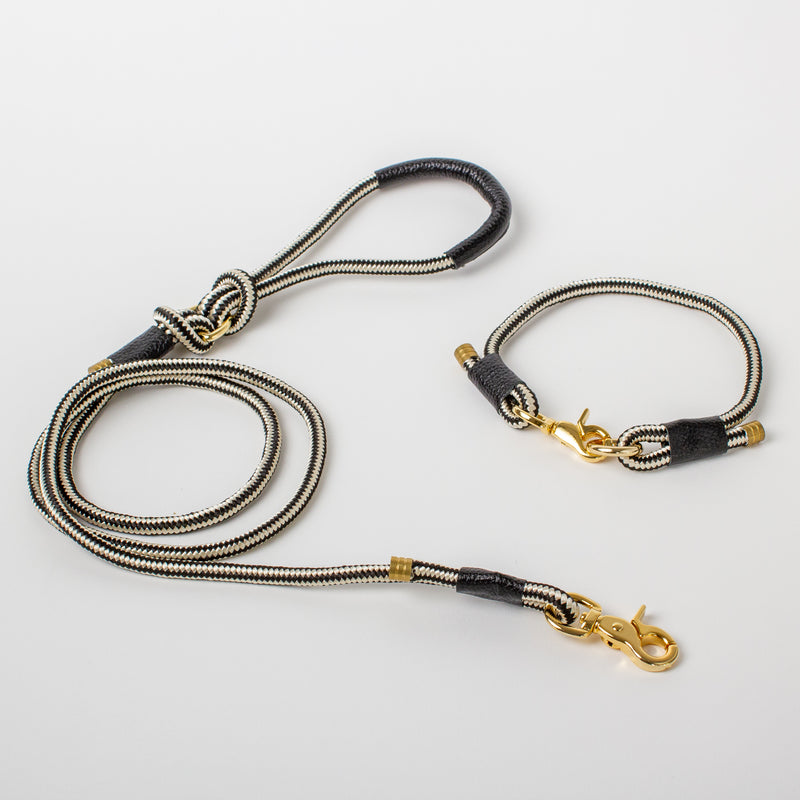 Willow Walks marine rope lead with leather details in black and white