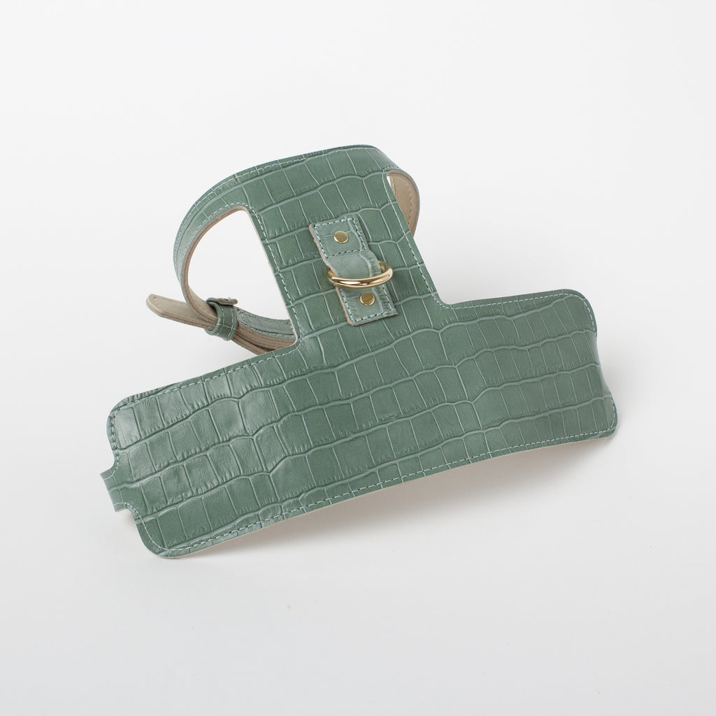Willow Walks adjustable leather harness with croc effect in sage green