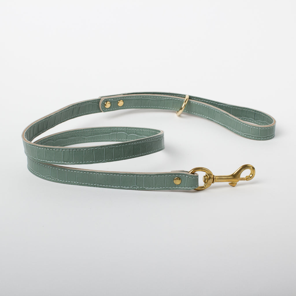 Willow Walks double sided leather lead with croc effect in sage green