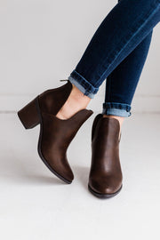 DURABLE BROWN - FYShoes