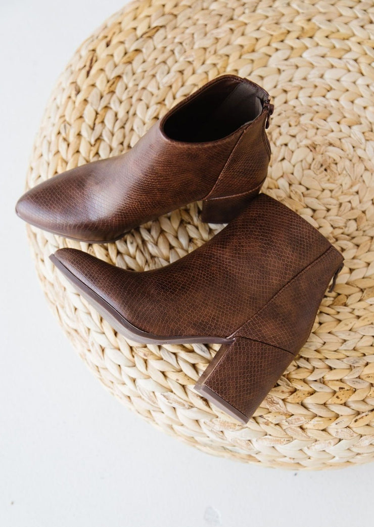 LOLA-4 BROWN - FYShoes