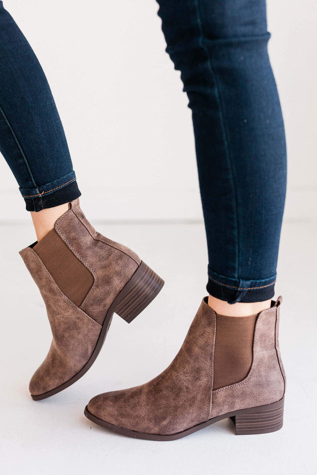 REPEAT-01 BROWN - FYShoes