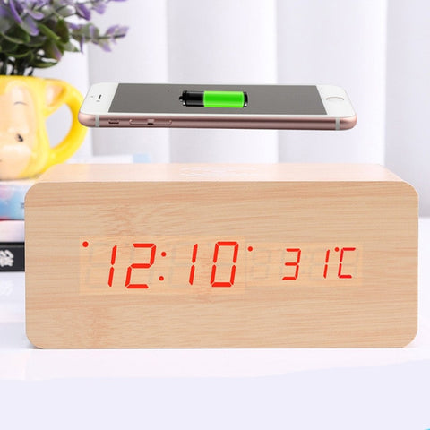 Wooden Alarm Clock With Qi Wireless Charging Pad