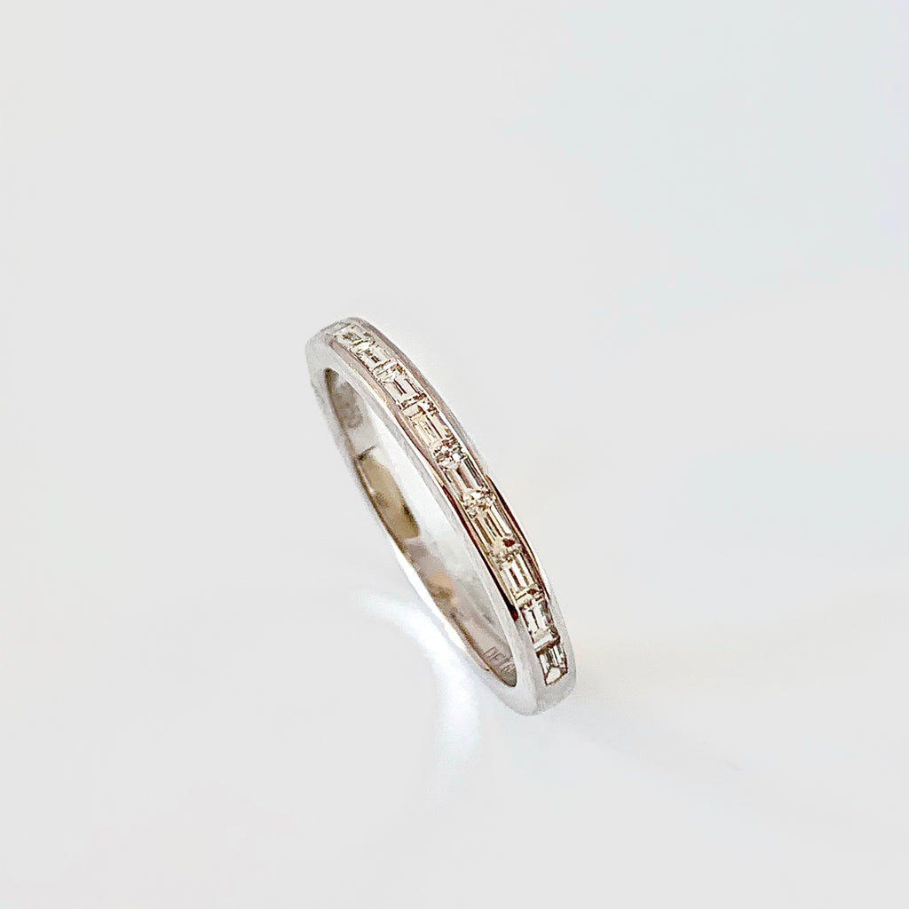 SLIM PLATINUM BAGUETTE DIAMOND RING