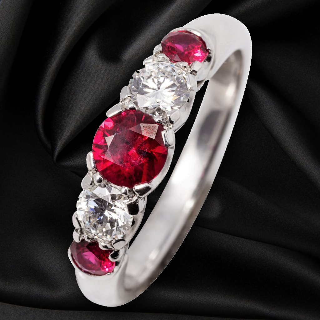 18CT RUBY AND DIAMOND RING