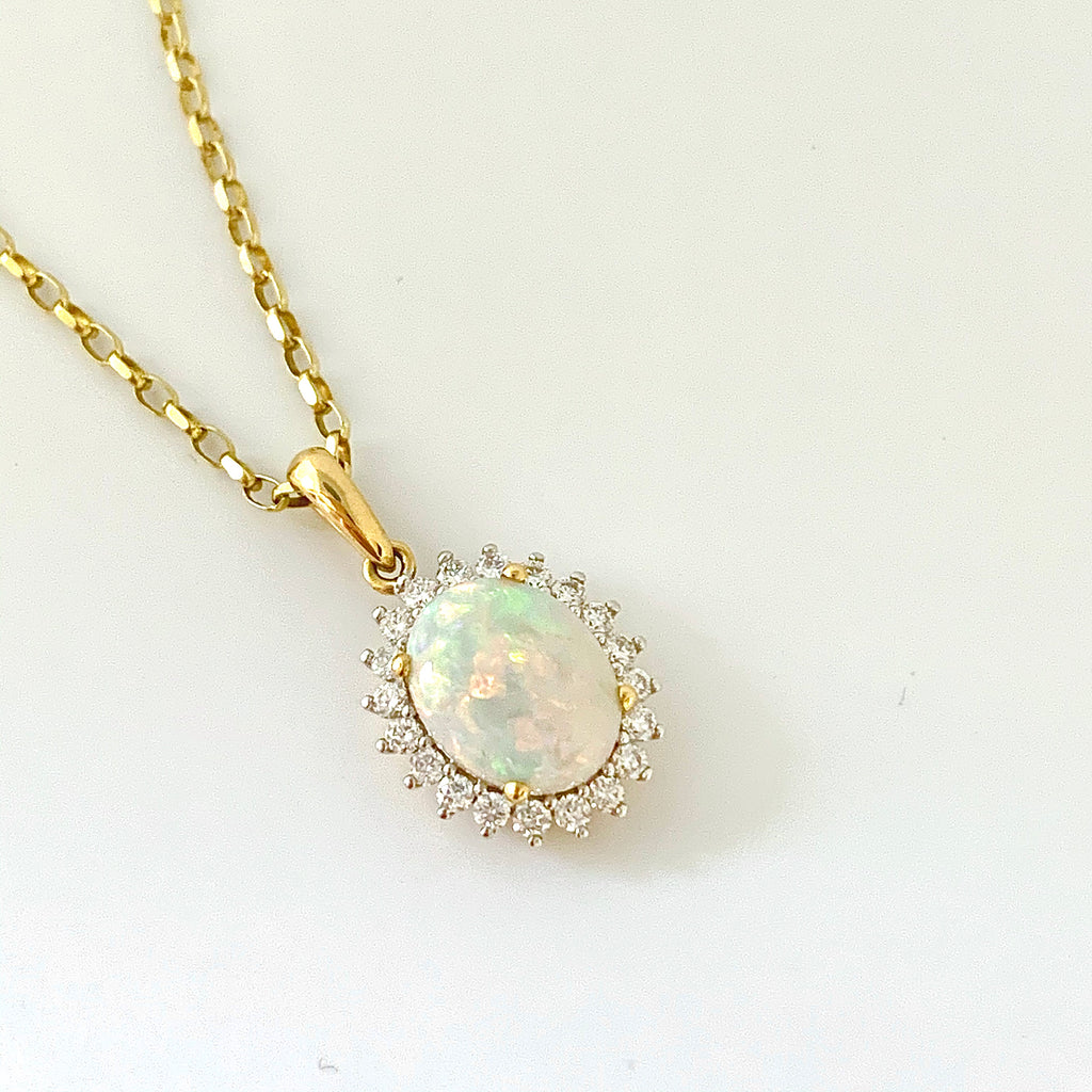 18CT GOLD OPAL AND DIAMOND PENDANT