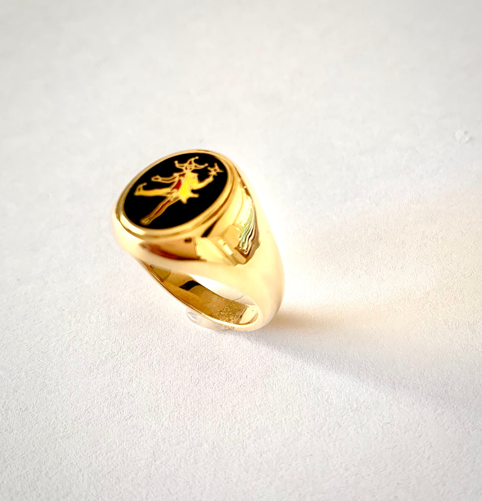 18CT GOLD ENAMELLED JESTER RING