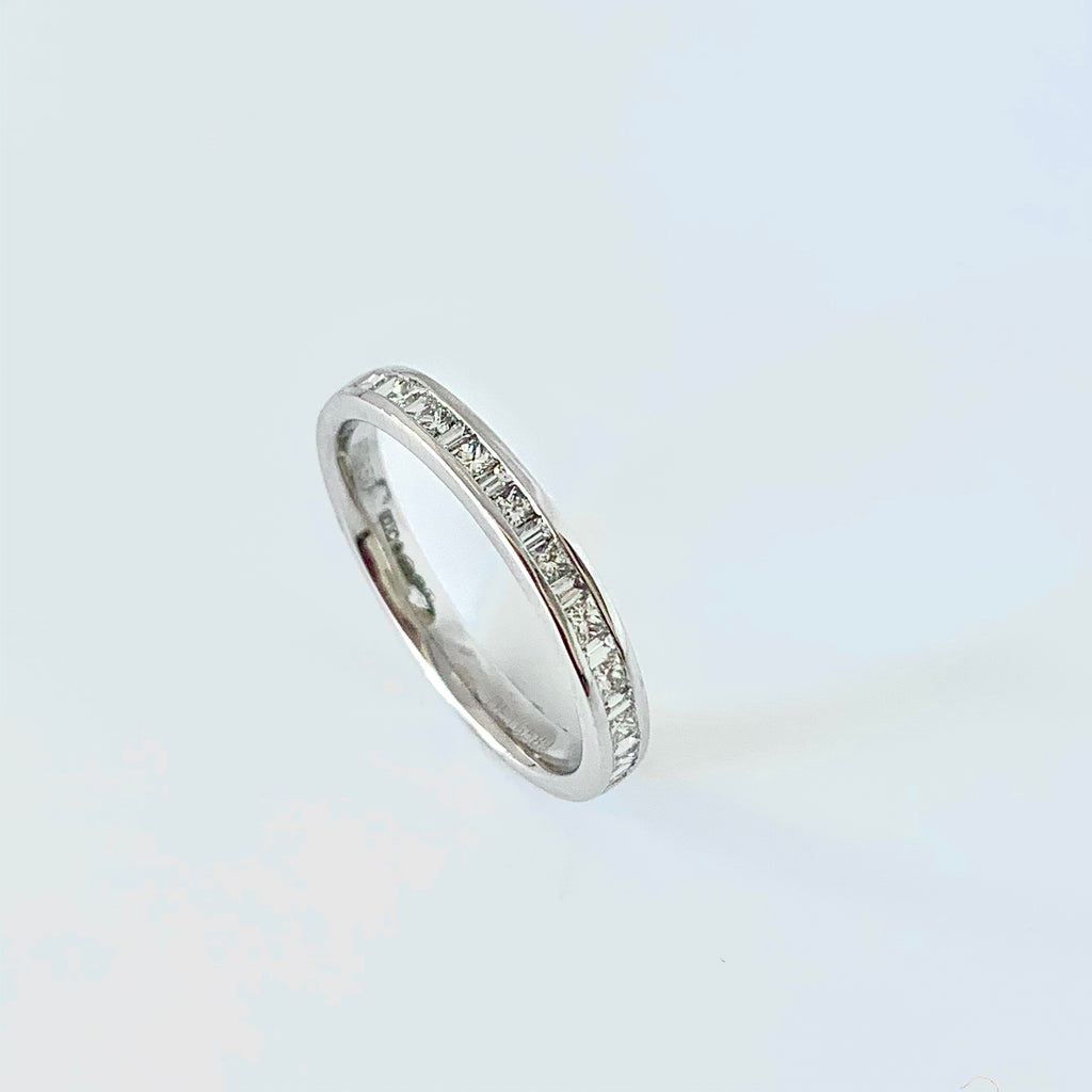 PLATINUM PRINCESS AND BAGUETTE DIAMOND WEDDING RING
