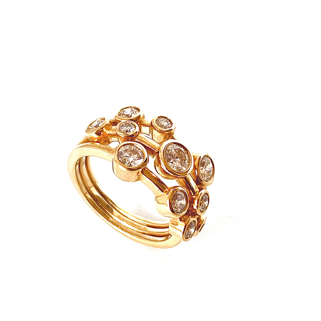 18CT YELLOW GOLD SCATTERED DIAMOND RING 1.50CT