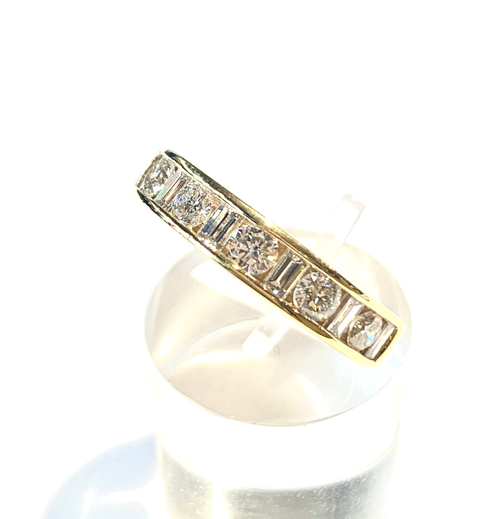 18CT 1.02CT DIAMOND ETERNITY RING