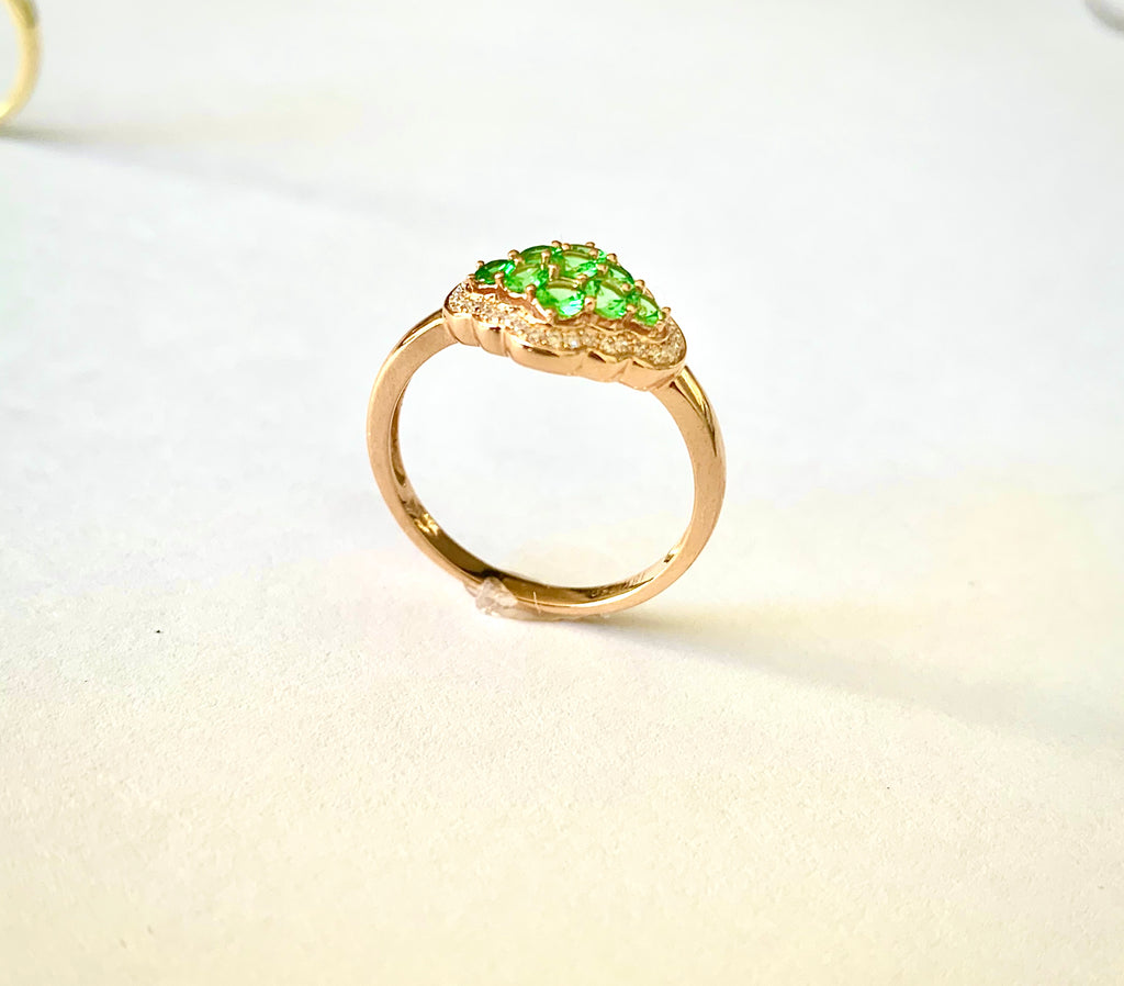 18CT ROSE GOLD GREEN GARNET AND DIAMOND RING