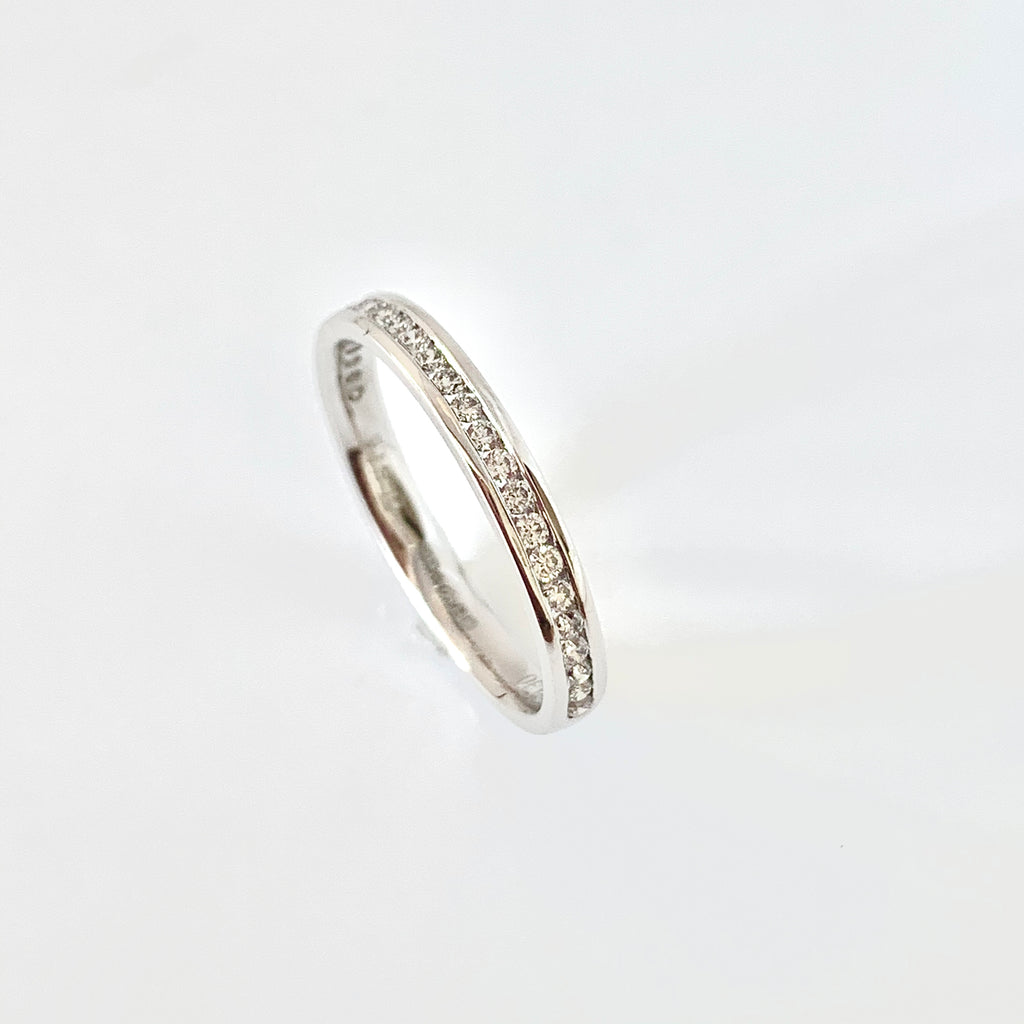 SLIM PLATINUM 25PT DIAMOND WEDDING RING