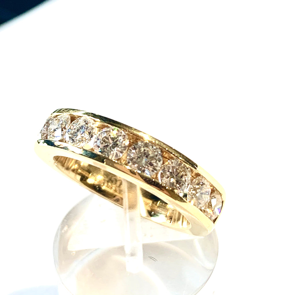 18CT GOLD 1.50CT CHANNEL SET DIAMOND ETERNITY RING