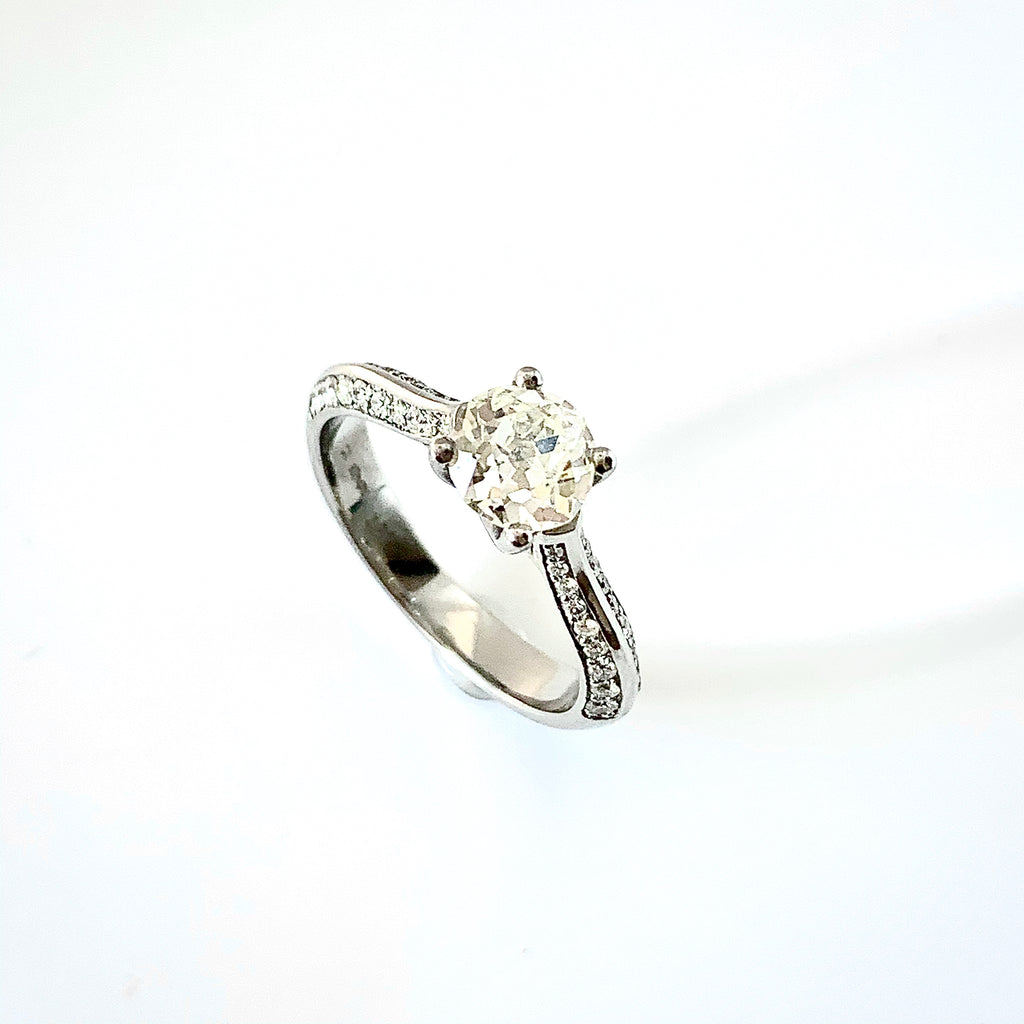 1.11CT PLATINUM OLD CUT DIAMOND SOLITAIRE RING