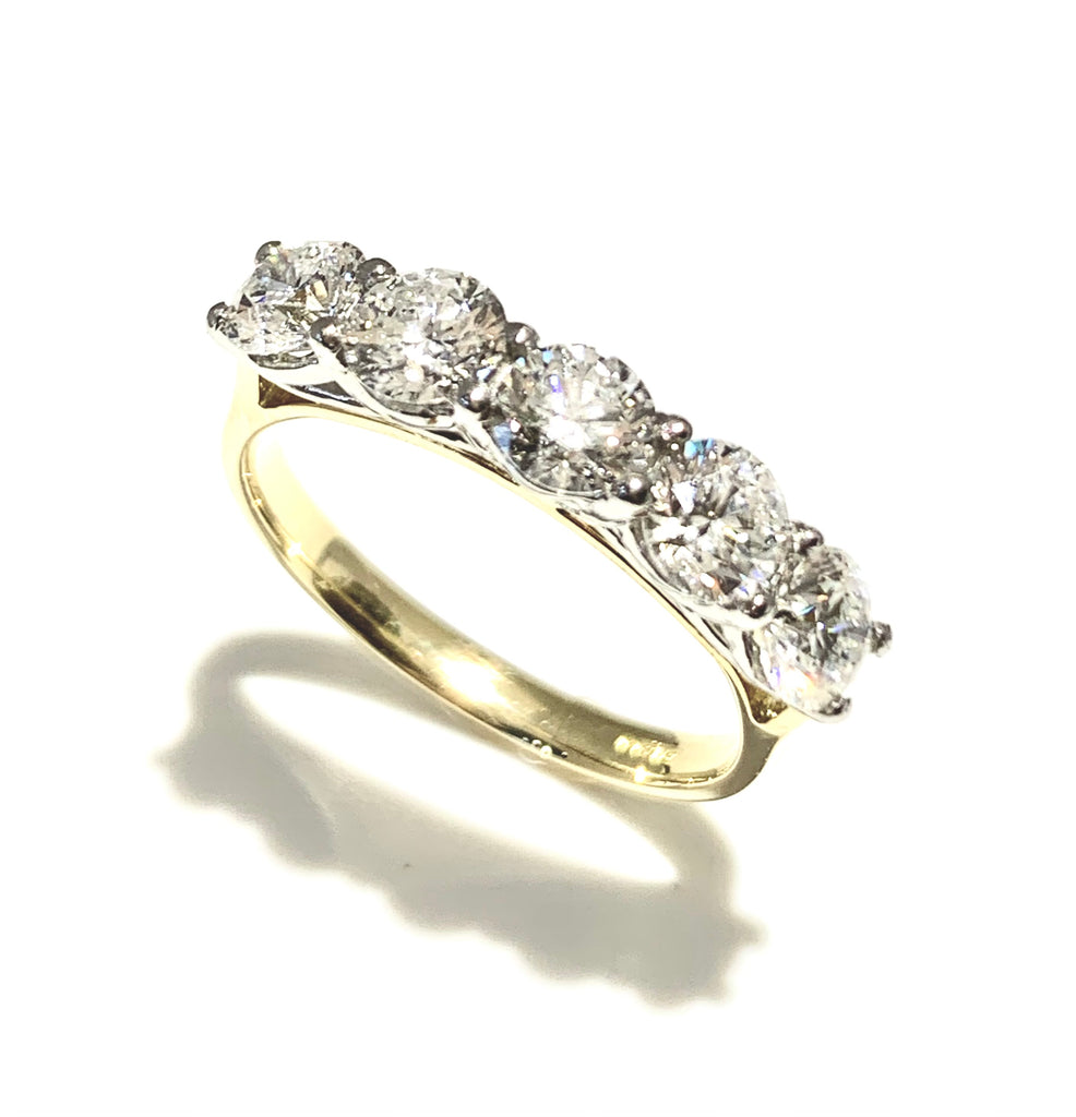 18CT & PLATINUM DIAMOND FIVE STONE RING 1.75CTS