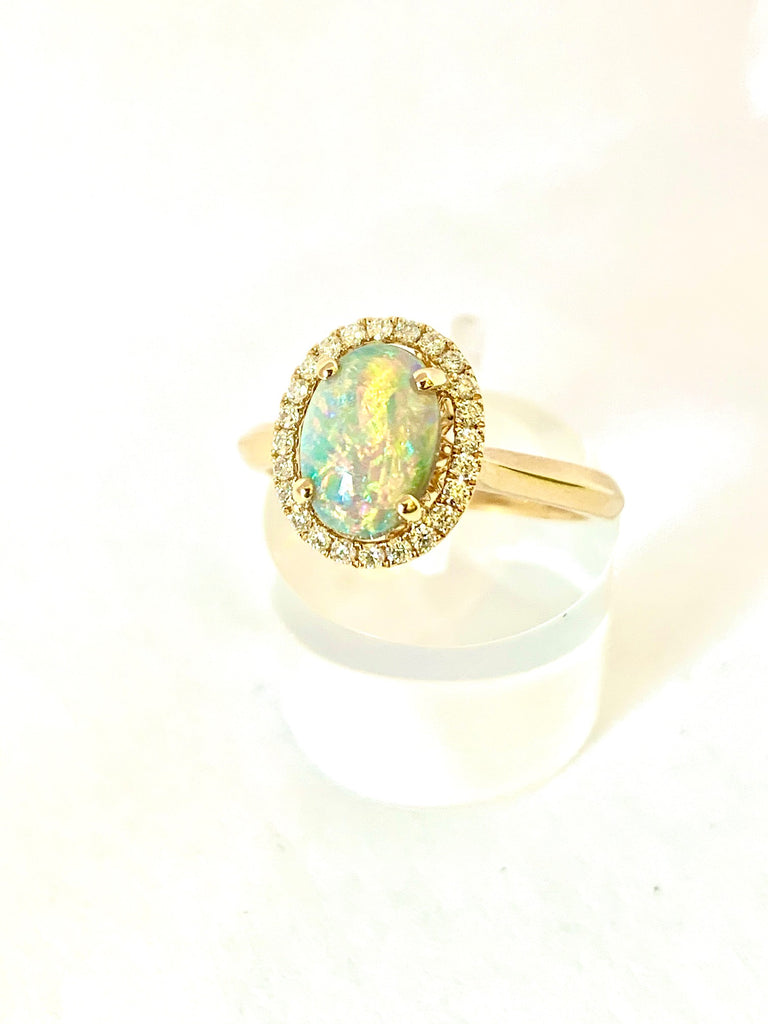 18CT GOLD BLACK OPAL HALO CLUSTER RING