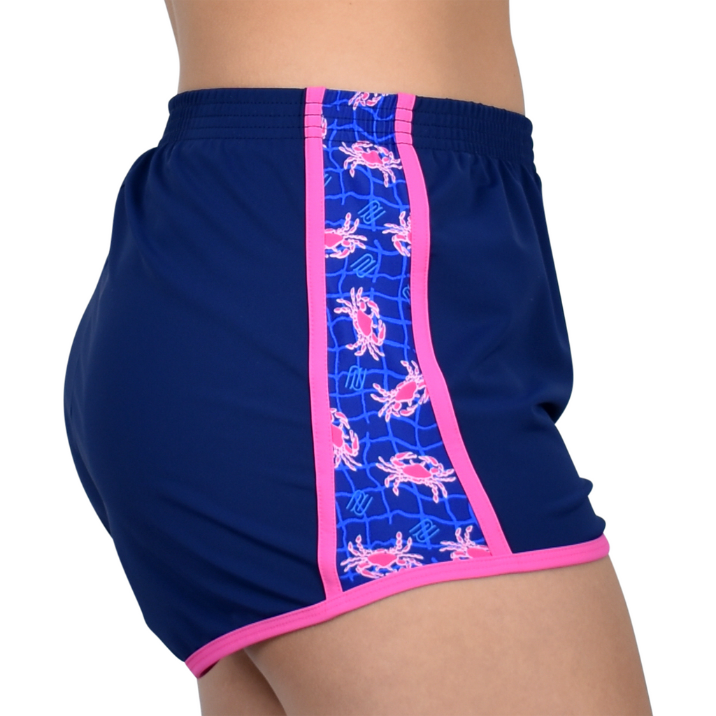 Run Shorts in Hot Pink Crab