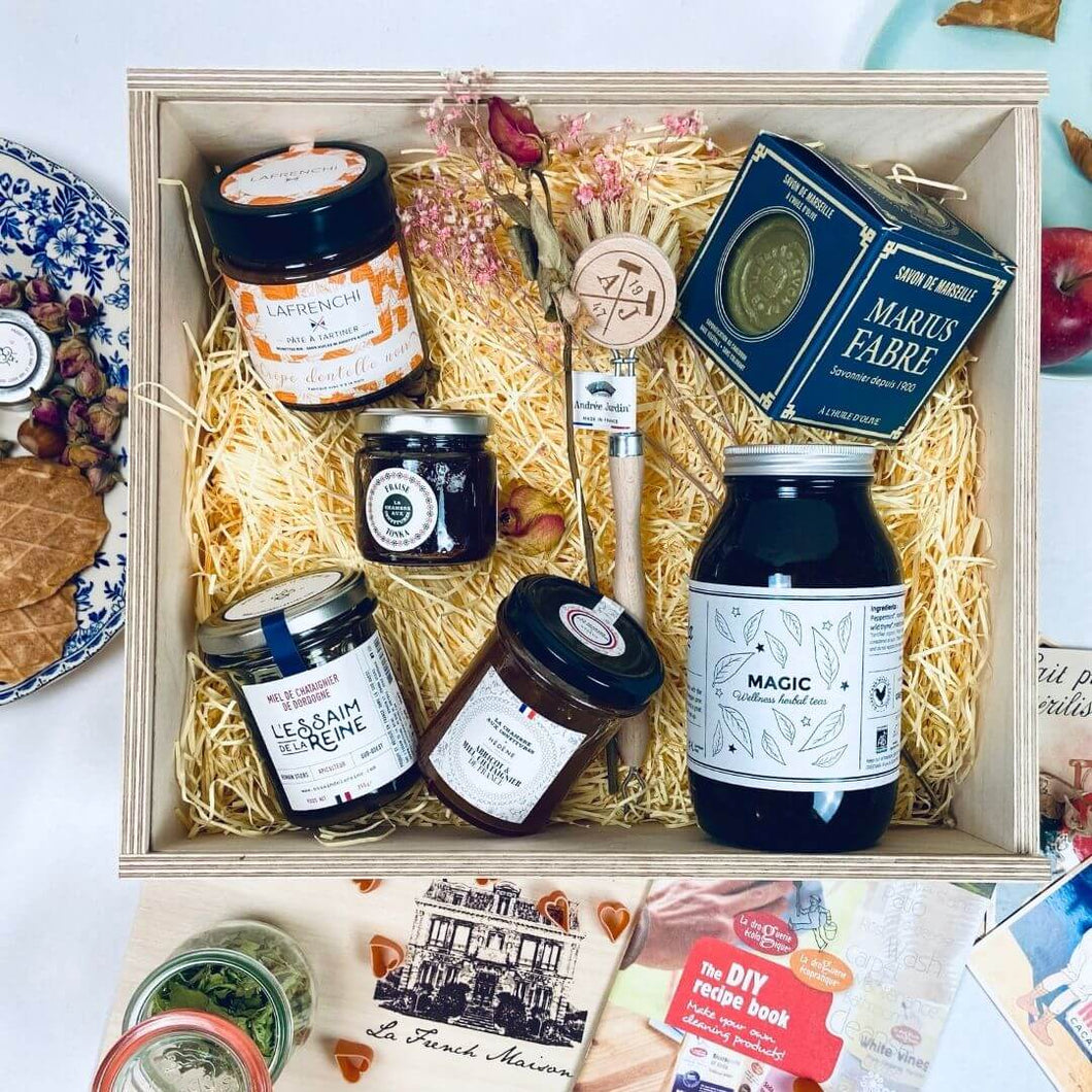 Mon chéri hamper: a veggie gift basket with a touch of eco love.