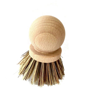 Wooden pot scrubber with natural fibers