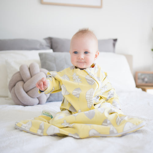 Sleep Hugs Swaddle - Fallen Leaves  (0.7 TOG)