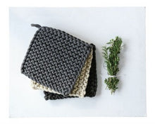 Load image into Gallery viewer, Cotton Crocheted Pot Holder